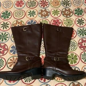 Clark's 9.5W Brown Leather Wide Calf Boots